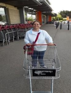 Bettina shopping